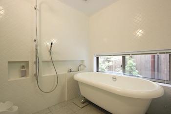 GEPPAKUAN MACHIYA RESIDENCE INN Bathroom