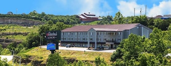 Hotel - Rosebud Inn