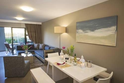 Burgundy Luxury Apartments, City of Cape Town