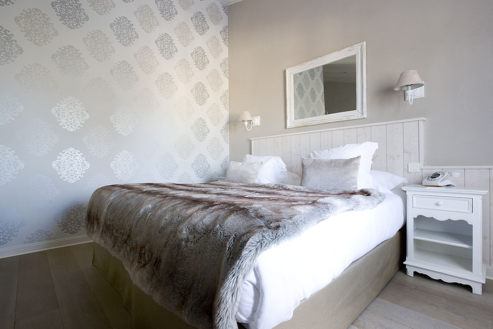 르 클로 생마르탱 호텔 & 스파(Le Clos Saint-Martin Hôtel & Spa) Hotel Image 11 - Guestroom