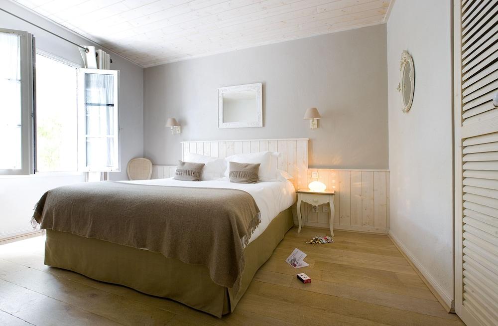 르 클로 생마르탱 호텔 & 스파(Le Clos Saint-Martin Hôtel & Spa) Hotel Image 23 - Guestroom