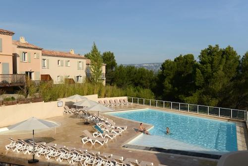 . Pierre & Vacances Residence Les Coteaux de Pont-Royal