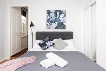 Pet Friendly Double - Double Bed