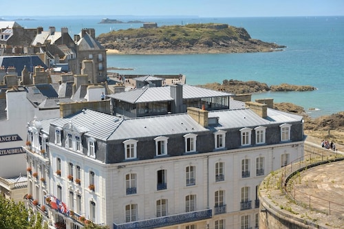 . Hotel France Chateaubriand