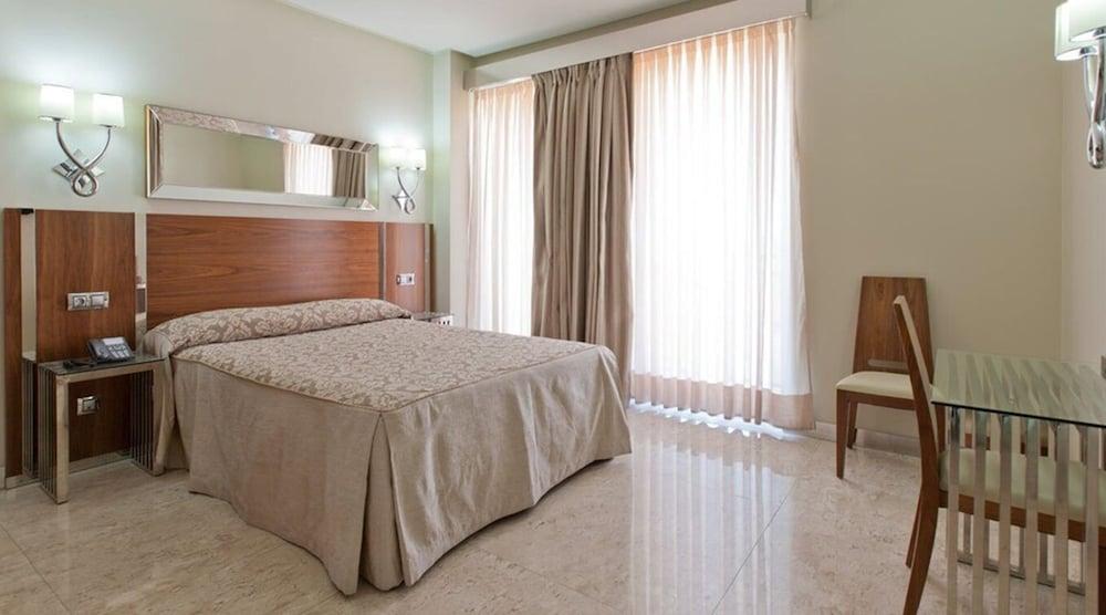 Gran Hotel Corona Sol