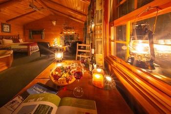 Premier Cabin, 1 Bedroom, Jetted Tub, Garden Area