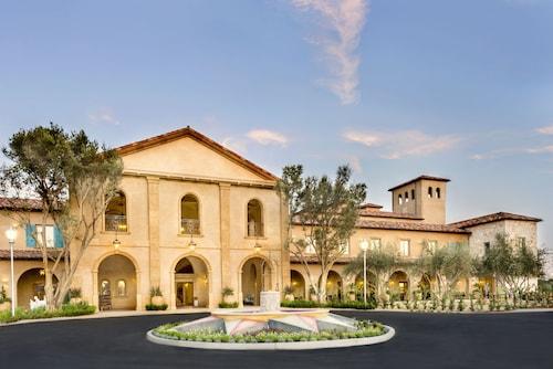 . Allegretto Vineyard Resort Paso Robles
