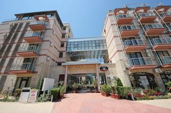 Menada Tarsis Apartments