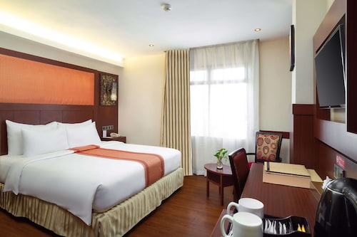 . Best Western Plus Makassar Beach