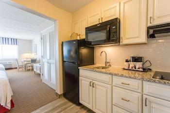 Dunes Suites Building - Suite, 2 Queen Beds, Ground Floor