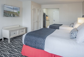 Dunes Suites Building - Suite, 2 Queen Beds, Ground Floor, Oceanfront