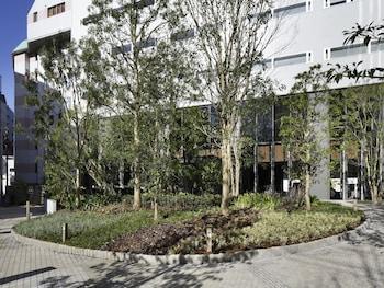 SHINJUKU GRANBELL HOTEL Property Entrance