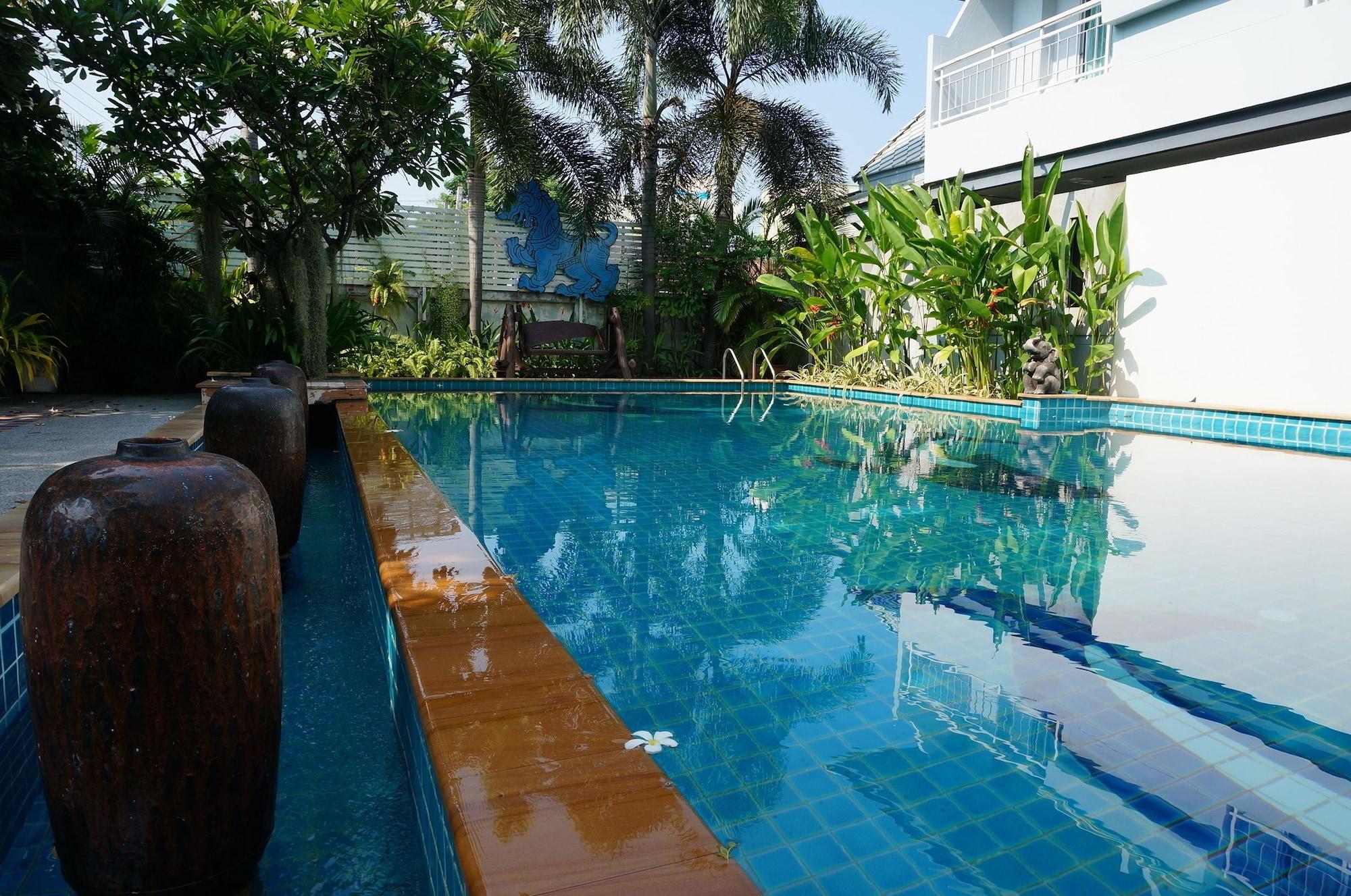 Baan Suksiri Hotel, Hua Hin