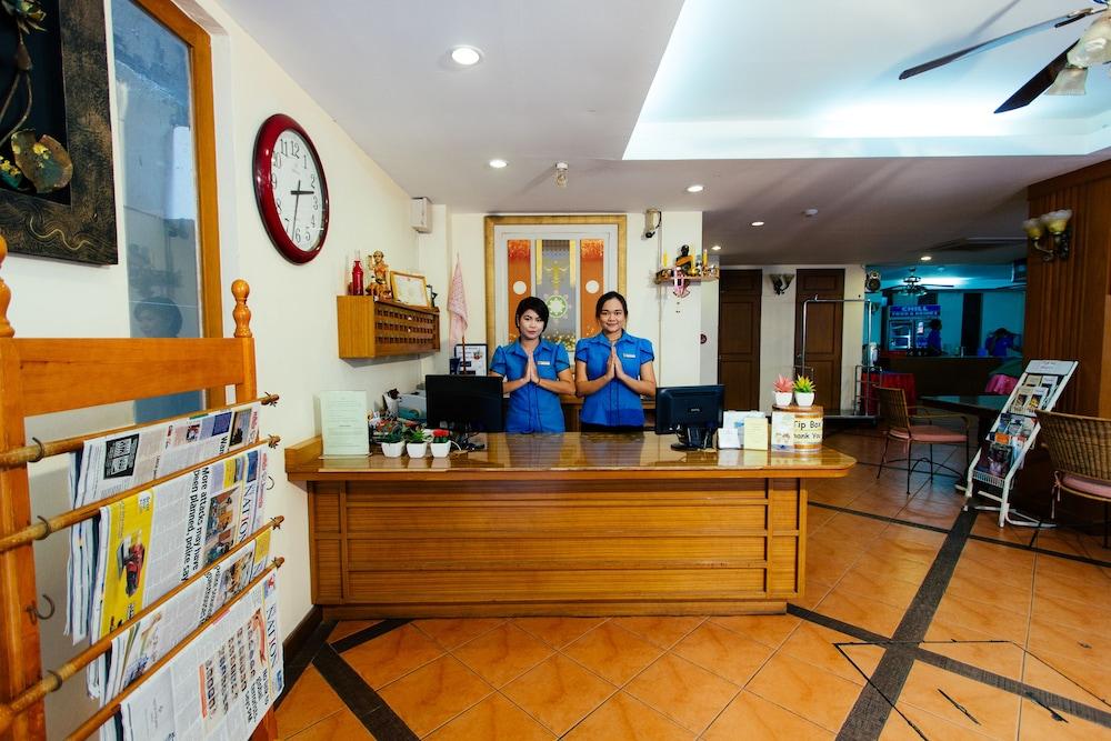 ティプライ ビーチ ホテル