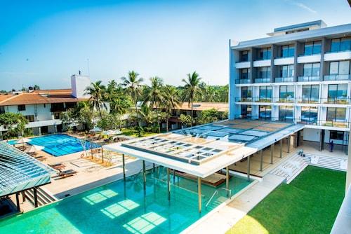 . Goldi Sands Hotel