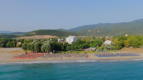 . Cronwell Platamon Resort- Ultra All Inclusive