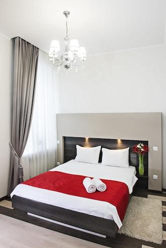 Hotel Status Apartments, Shevchenkivs'kyi