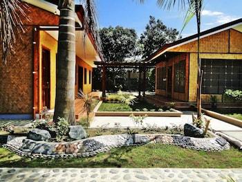 Susan's Place Palawan Property Grounds