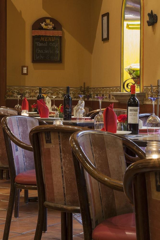 호텔 부티크 파라도르 산 미구엘(Hotel Boutique Parador San Miguel) Hotel Image 36 - Restaurant