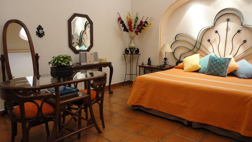 호텔 부티크 파라도르 산 미구엘(Hotel Boutique Parador San Miguel) Hotel Image 25 - Guestroom View