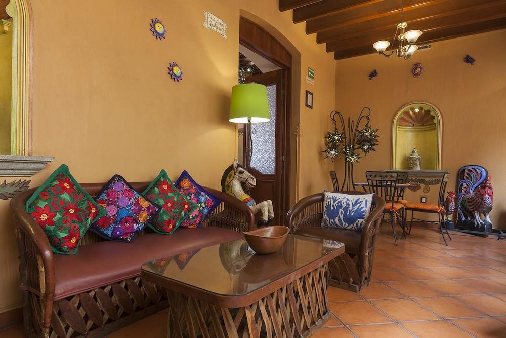 호텔 부티크 파라도르 산 미구엘(Hotel Boutique Parador San Miguel) Hotel Image 26 - Lobby Lounge