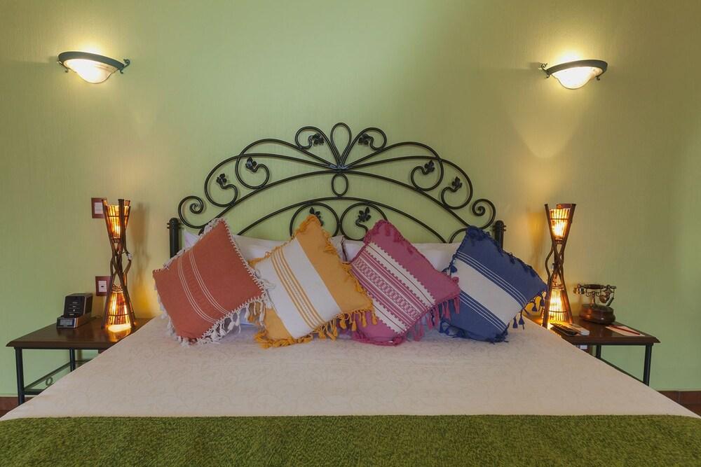 호텔 부티크 파라도르 산 미구엘(Hotel Boutique Parador San Miguel) Hotel Image 9 - Guestroom