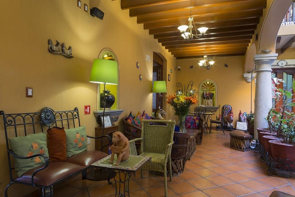 호텔 부티크 파라도르 산 미구엘(Hotel Boutique Parador San Miguel) Hotel Image 20 - Living Area