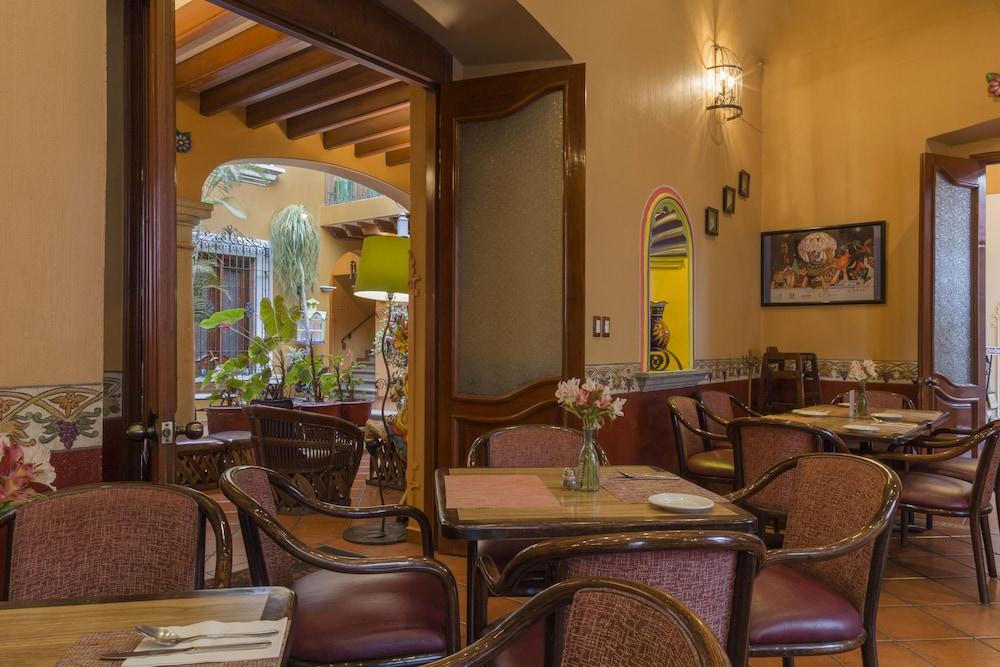 호텔 부티크 파라도르 산 미구엘(Hotel Boutique Parador San Miguel) Hotel Image 40 - Restaurant