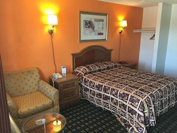 Standard Single Room, 1 Queen Bed, Smoking