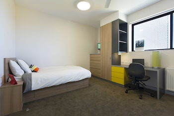 Double Room in Shared Apartment with Shared Bathroom