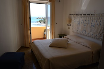 Double Room Single Use, Sea View