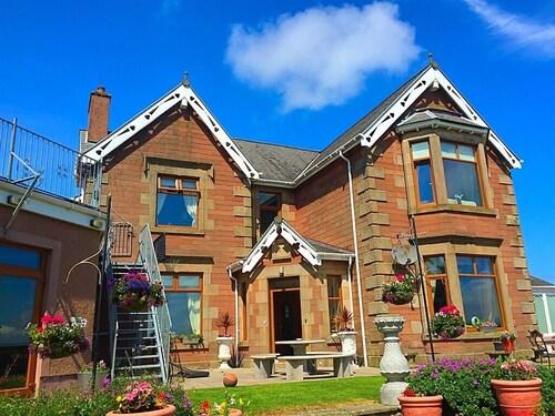 . Thornbank House
