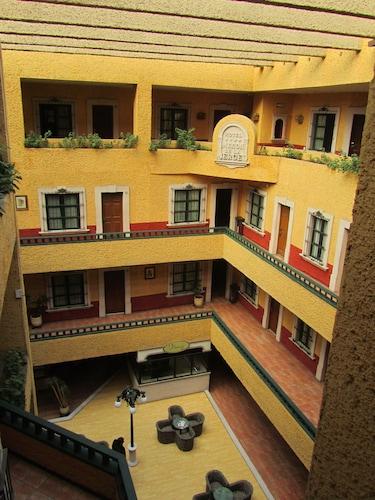 . Hotel Mesón de la Merced
