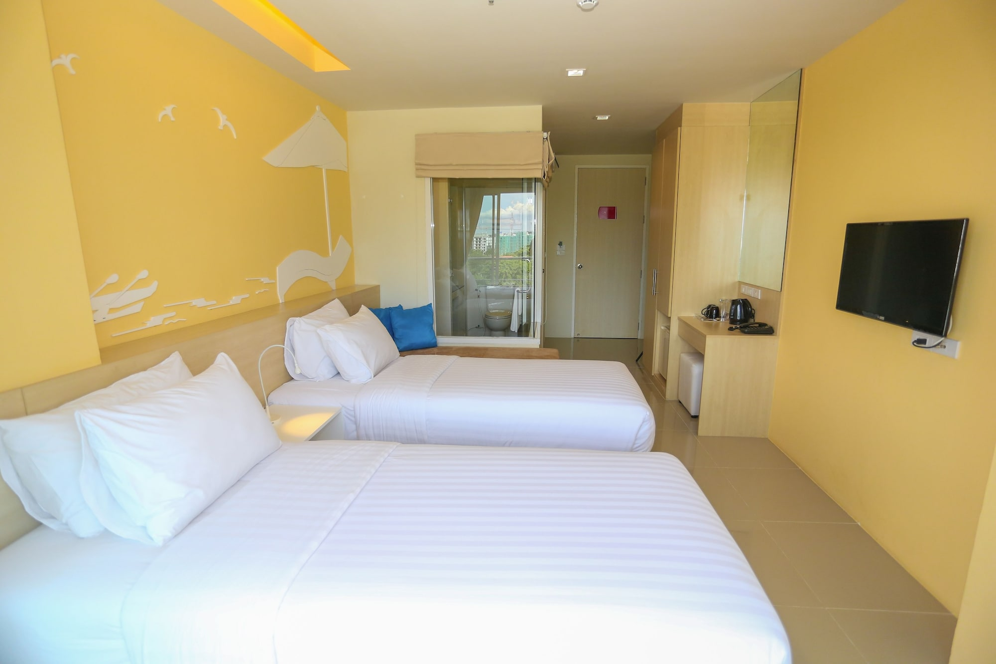 R-Con Rest Sea, Pattaya