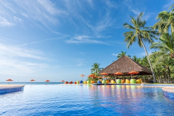 South Palms Resort Panglao Infinity Pool