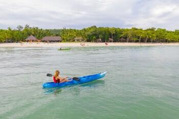 South Palms Resort Panglao Kayaking