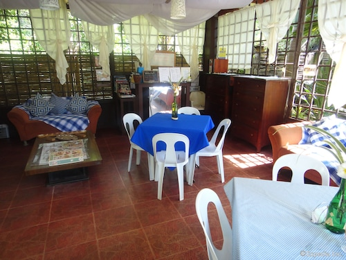 By the Bay Jacana Bed and Breakfast, Puerto Princesa City