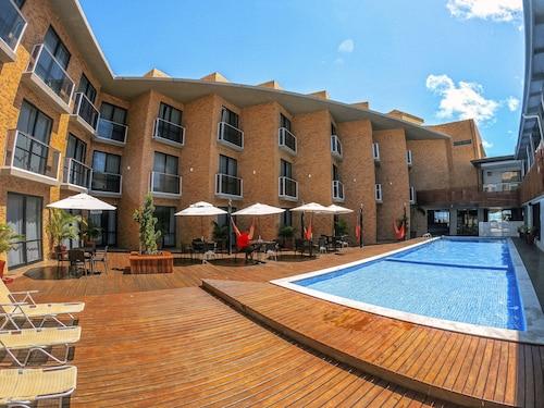 . Bessa Beach Hotel