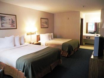Deluxe Room, 2 Queen Beds, Accessible, Refrigerator & Microwave