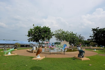 Vieng Thong Hotel - Childrens Play Area - Outdoor  - #0