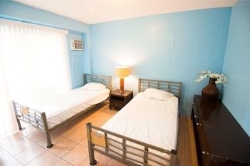 Semi-Private Bedroom (2 Guests)