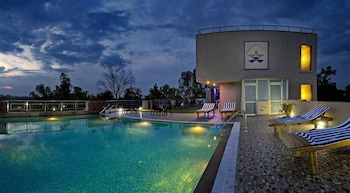 Hotel - Hotel Atulyaa Taj