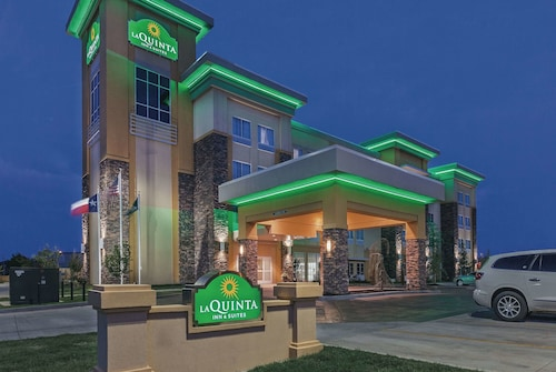 . La Quinta Inn & Suites by Wyndham Wichita Falls - MSU Area