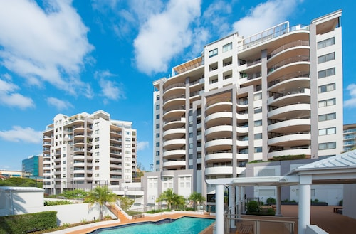 The Oasis Apartments, Toowong