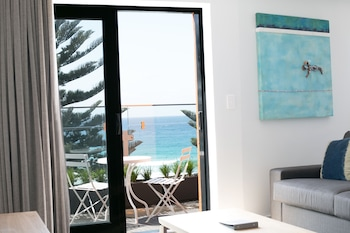 One Bedroom Suite -Ocean View & Balcony