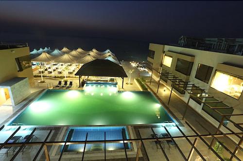 The Gold Beach Resort, Daman