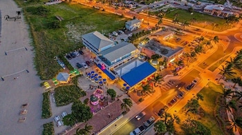 Rhumfish Beach Resort and Island Grille