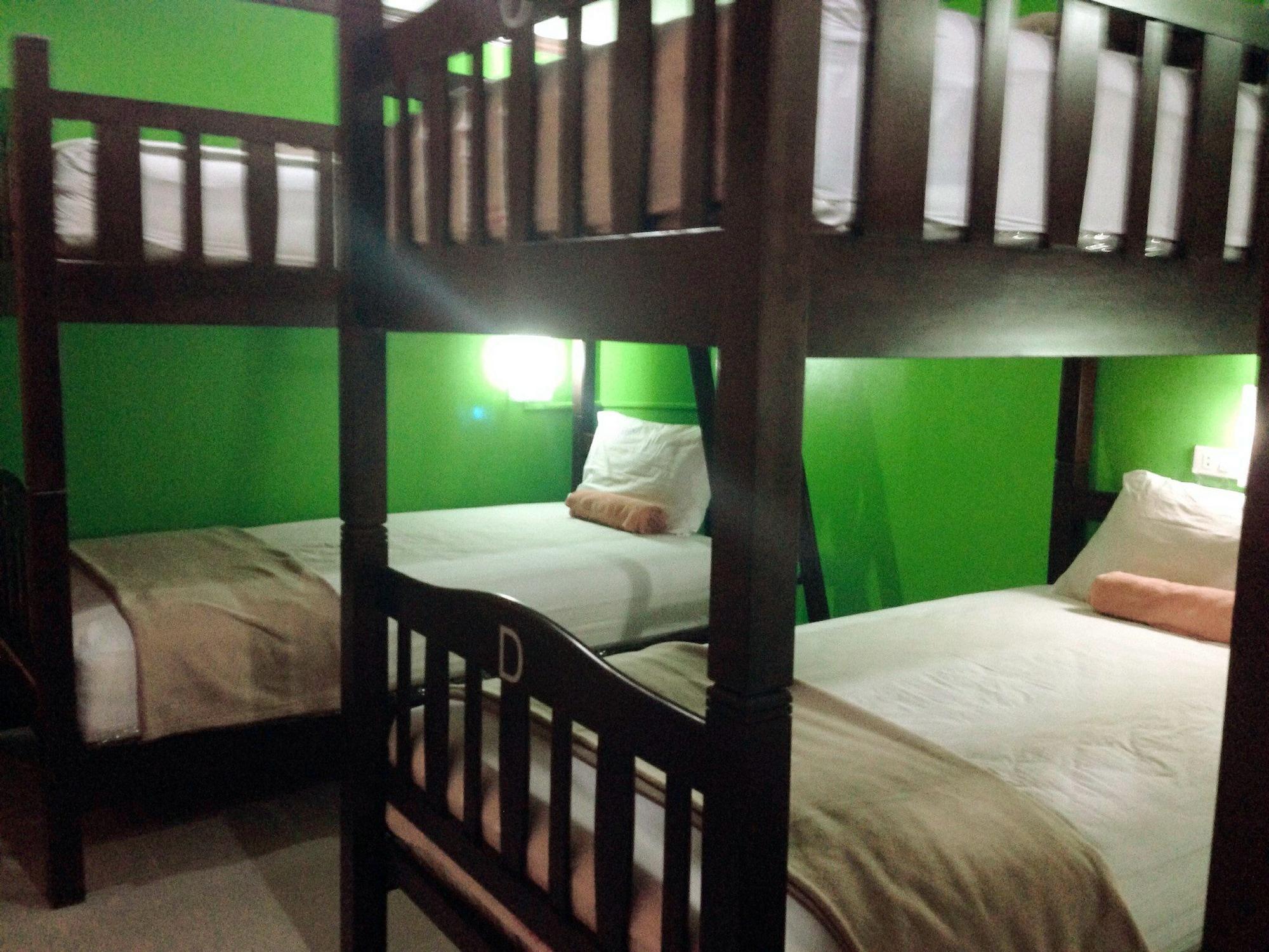 Silla Patong Hostel, Pulau Phuket