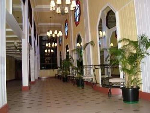 Southern Cross Hotel Fiji, Rewa