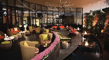 Lobby Lounge at Jet Luxury at the Vdara Condo Hotel in Las Vegas